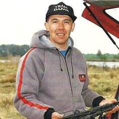 #Angler Neville Fickling auf Kiesgruben-Hechte.  #Kiesgruben bieten hervorragende #Angelmöglichkeiten auf große Hechte, Angler Neville Fickling begab sich im Spätherbst an eine von ihm betreute Kiesgrube  http://www.angelstunde.de/angler-neville-fickling/