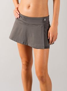 bum wrap with zip pocket - basically a skirt attached to bike shorts with a yoga-style waistband so you have the comfort of shorts but the cuteness of a skirt. Would be an easy DIY fix to not-cute-shorts!