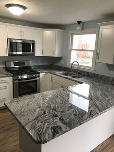 Best Dallas White Ashen White Granite Countertops By 400 x 300
