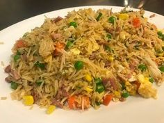 How To Make Chinese Fried Rice Receta de arroz Rice Recipes, Asian Recipes, Dinner Recipes, Cooking Recipes, Ethnic Recipes, Chia, Asian Cooking, Mets, Rice Dishes