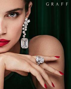 graff-diamanten-graff-diamonds-kampagne-grune-dame-mit-der-hauptrolle-s/ - The world's most private search engine Graff Jewelry, Gems Jewelry, High Jewelry, Photo Jewelry, Luxury Jewelry, Jewelry Art, Diamond Jewelry, Jewelry Accessories, Jewelry Design