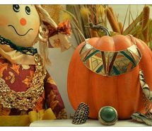 Inspiring picture fall, orange, gold, jewelry, fashion. Resolution: 640x425 px. Find the picture to your taste!