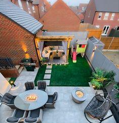 Patio Deck Designs, Patio Design, Outdoor Life, Outdoor Decor, Outdoor Living, Back Garden Design, Backyard Garden Landscape, Small Outdoor Spaces, Garden Makeover