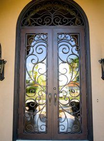 A Quot Statement Quot Entry Elegant Iron Gates In A Sculptured