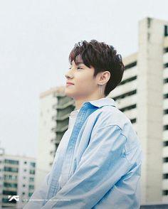 Wang Jyunhao | YG-TRESURE-BOX #왕군호 #ygtrainee #ygnbg Yg Trainee, Treasure Boxes, Cute Boys, Produce 101, Memories, Brother, Babe, Channel, Chinese