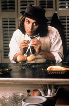 Benny and Joon - johnny depp reenacting chaplins famous roll dance from gold rush in the diner,ever since this film I have always been tempted to mash potatoes with a tennis racket Tom Welling, Love Movie, Movie Tv, Movie Trivia, Movie Scene, 90s Movies, Movie Theater, Benny And Joon, Here's Johnny