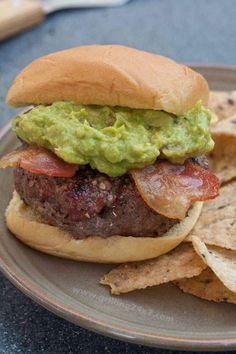 A bacon guacamole burger recipe perfect for your summer #cookout