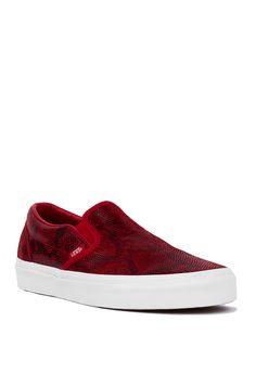 Vans Classic Chili Pepper Pebble Snake Slip-On Sneakers  687977ef0