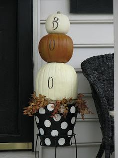 Stacked faux pumpkin tutorial--cutest fall front porch idea ever!