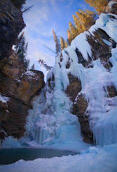 Johnstons Canyon Alberta, Frozen Falls, Banff National Park Canada