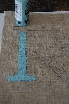 How to Create Monogram Wall Art {without vinyl cutting}   Home decor blog - A Pop of Pretty