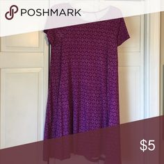 Old navy knit dress Magenta patterned knit dress. Worn a handful of times. Old Navy Dresses Mini