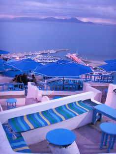 Cafe Des délices - Sidi Bou Said / Tunisia Places Around The World, The Places Youll Go, Travel Around The World, Places To Go, Around The Worlds, Sidi Bou Said, Beautiful Places To Visit, Wonderful Places, Beautiful World
