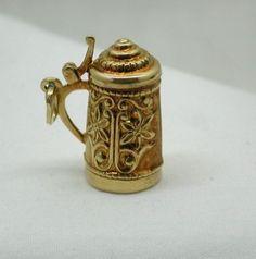 Vintage Large 14ct Gold Fancy Beer Stein / Tankard Charm
