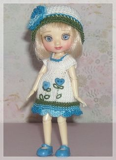 Hey, I found this really awesome Etsy listing at https://www.etsy.com/listing/271518897/amelia-thimble-dolls-white-and-blue