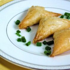 Twist on a Classic Favorite: Lobster-filled Phyllo Triangles Phyllo Dough Recipes, Appetizer Recipes, Lobster Appetizers, Christmas Eve Dinner, Appetisers, Triangles, Dinner Ideas, Seafood, Food And Drink