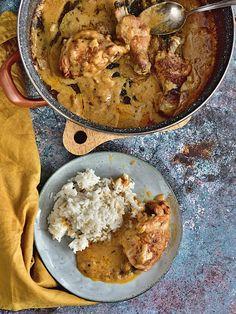 Krémová kořeněná kuřecí stehna Czech Recipes, Ethnic Recipes, Poultry, Cauliflower, Curry, Food And Drink, Low Carb, Meat, Chicken