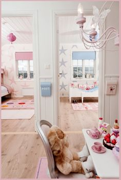 Child Stars: Super sweet way of decorating a child's room.