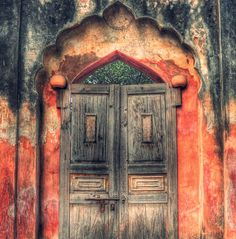 Indian-archway.jpg 550×557 pixels