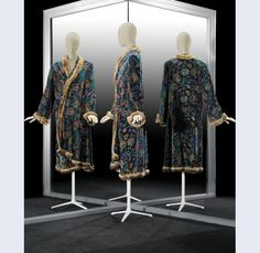 Paul Poiret (draft) Raoul Dufy [1877-1953] (designer (dust)) Bianchini-FERIER (performance fabric design) Troika Robe, entertained from coat ensemble 'Troika', printed silk velvet Bianchini-FERIER to fabric design by Raoul Dufy, garnished with gold cord and fur Paris France c.1923