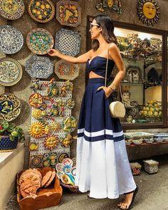 How to Style a Bohemian Maxi Dress Formal Chic, Casual Chic, Boho Fashion, Fashion Outfits, Fashion Skirts, Fashion Women, Fashion Trends, Estilo Boho, Summer Looks