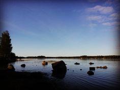 Pyhtää ja punaiset kivet 😊 #merimaisema #nature #fiftyshades_of_nature #naturehippys #naturelovers #suomenluonto #luonto #luontokuva #naturepics #sea #thisisfinland #lovelyfinland #visitfinland #ourfinland #ranta #vscocam #vscomoment