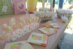 Chocolates y canastas para baby showers