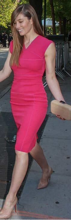 Who made  Jessica Biel's red dress and nude pumps that she wore in New York?