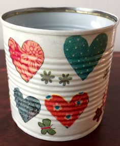 Soni: plechovica na farbičky - decoupage Tin Can Crafts, Rock Crafts, Diy And Crafts, Arts And Crafts, Tin Can Art, Tin Art, Teacup Crafts, Recycled Tin Cans, Recycle Cans
