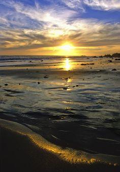 malibu ocean sunset sun, el matador beach, california coast. ...    ... visit the beautiful ocean landscapes of southern california | kevin lange photography