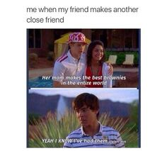 High school musical 2 ohh he doesn't look happy High School Musical Quotes, Hight School Musical, Troy Bolton, When Your Best Friend, Best Friends, Friends Forever, Stupid Funny Memes, Funny Quotes, Hilarious