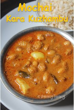 Chettinad style mochai kara kuzhambu goes great with plain rice and any poriyal or just with some papad. Vegetarian Food List, Sambhar Recipe, Kulambu Recipe, Rasam Recipe, Indian Veg Recipes, Veg Dishes, Spicy Dishes, South Indian Food, Lunch Recipes