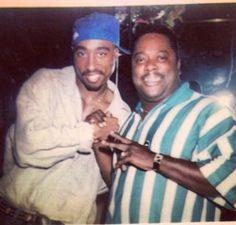 Tupac Shakur, 2pac, Tupac Photos, Two Color Hair, True Legend, Aaliyah, Music Artists, Rapper, Hip Hop