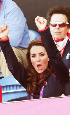 Olympics 2012. Princess Ann in the background - miserable bugger - Kate: adorbs.