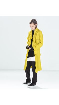 Mustard soft trench coat (Zara Trafaluc)