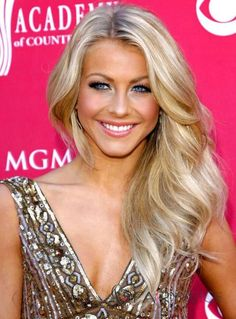 Wigsbuy Offers a huge collection of long human hair wigs with top quality.We can't resist the magnetic of wigs, come here, choose your long curly/ blonde human hair wigs online. Frontal Hairstyles, Wig Hairstyles, Celebrity Hairstyles, Elegant Hairstyles, Pretty Hairstyles, Julianne Hough Hair, Belle Nana, Haut Bikini, Blonde Wig