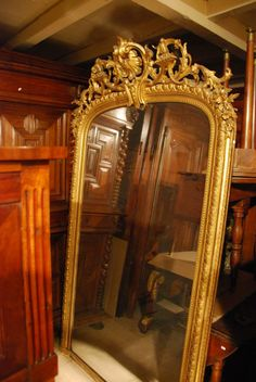 Large #mirror Napoleon III in stucco and #giltwood. #19thcentury. For sale on #Proantic by Antiquités Paul Azzopardi.