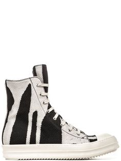 "DRKSHDW FW16 MASTODON SNEAKERS IN BLACK WITH MILK WHITE ""VOMIT"" DETAIL HAVE EIGHT-EYELET LACING, A SIDE ZIPPER, WHITE LEATHER TOE CAPS AND SHARK-TOOTH SOLES.   * COLOR: BLACK.   * BODY: 100% COTTON.   * LINING: 100% COTTON.   * TOE: 100% CALF LEATHER.   * SOLE: 100% RUBBER."