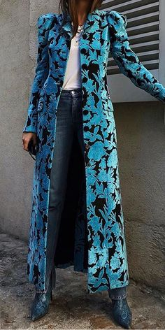 Fashion Coats - Casual printed long sleeve single breasted overcoat, fashion casual style and comfortable material you will love it, tops, jumpsuits and dresses you can options. Source by bettinahassing - Look Fashion, Autumn Fashion, Womens Fashion, Fashion Design, Fashion Coat, Fashion Check, Classy Fashion, Floral Fashion, Blazer Fashion