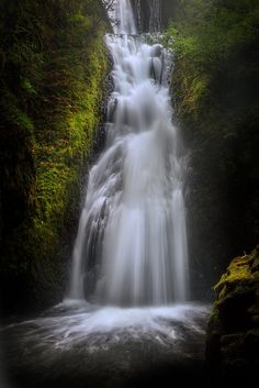 Bridal Veil Falls (Columbia River, Gorge, Oregon) by Charlotte Gibb on 500px