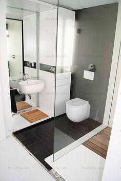 Bathroom by Toto Baeza