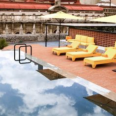 the rooftop swimming pool at Downtown Mexico City Hotel from Grupo Habita Downtown Mexico City, Downtown Hotels, Best Hostels In Europe, Latina, Salas Lounge, Chelsea, Rooftop Pool, Outdoor Pool, Outdoor Spaces