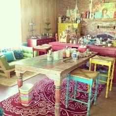 christy tomlinson studio. I love that table!!