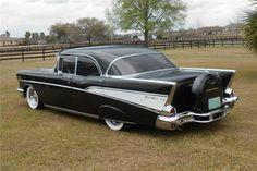 1957 CHEVROLET BEL AIR CUSTOM 4 DOOR HARDTOP
