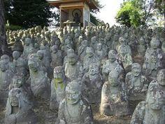 toukou-ji temple,gohyaku rakan(500 stone statues) #japan #oita #usa Buddha Figures, Oita, Stone Statues, Wabi Sabi, Japan Travel, Temples, Mount Rushmore, Oriental, To Go