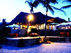 Il nostro bel villaggio Lily Palm Beach Resort al tramonto