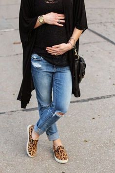 black + denim + a hint of leopard. #maternity