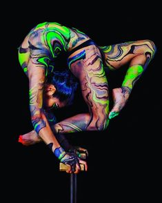"Cirque Du Soleil ""TOTEM"" artists x DWS Body Marbling Contortion Shooting.  Photograph by Daniel Fulloon (Cirque Du Soleil) Contortionist : Ulziibuyan Mergen & Oyu-n-Erdene Senge (Cirque Du Soleil) Hair&Makeup by Lauren Chabira (Cirque Du Soleil) Body Marbling by Dirty Workers Studio Photography Assistant : Celeste Hope ​ Special Thanks to Eric Chabira & Cirque Du Soleil ""TOTEM"" @ulzii0414 @oyunerdene.s @lauren_chabira @danielfulloon @celesteh0pe @echabira @cota_dws @midori_dws @23kaol91…"