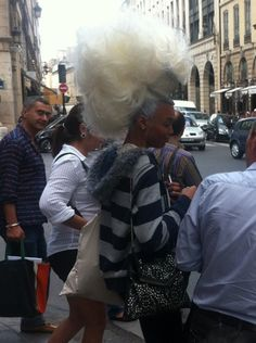 A Twitpic via @Alice_BB of Vanity Fair. Got to admire a woman who can go out with hair like THIS