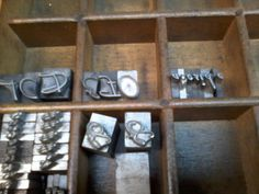 tipografias de plomo mundial 1982 cuerpo 36 para impresión letterpress y encuadernación, a la venta NUESTRA PAGINA DE FACEBOOK PONELE ME GUSTA! https://www.facebook.com/Grafica-Germany-1661454614083875/